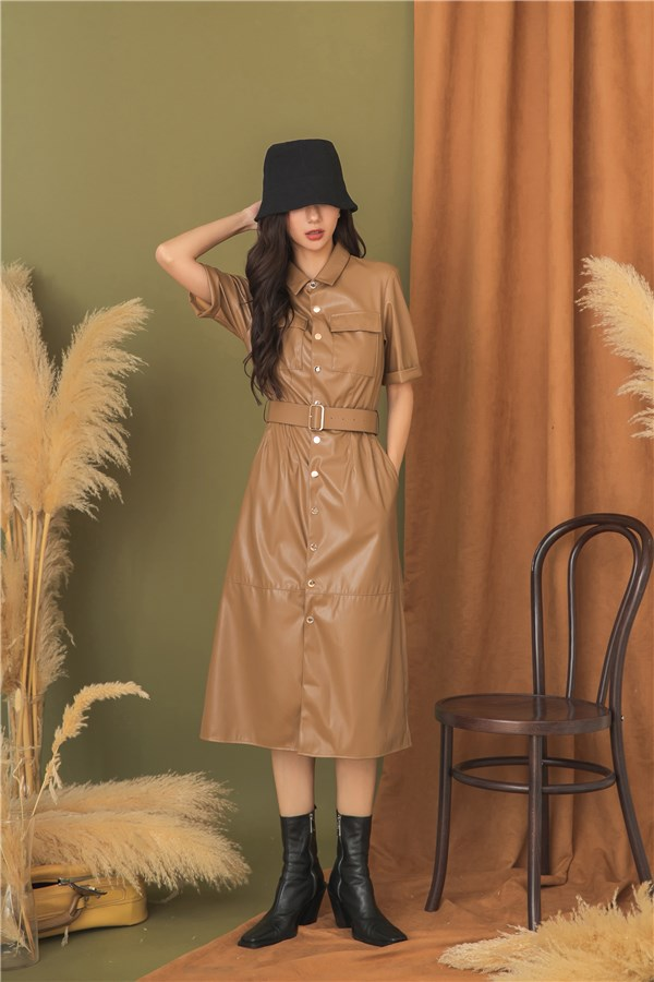 摩登霧面皮革洋裝