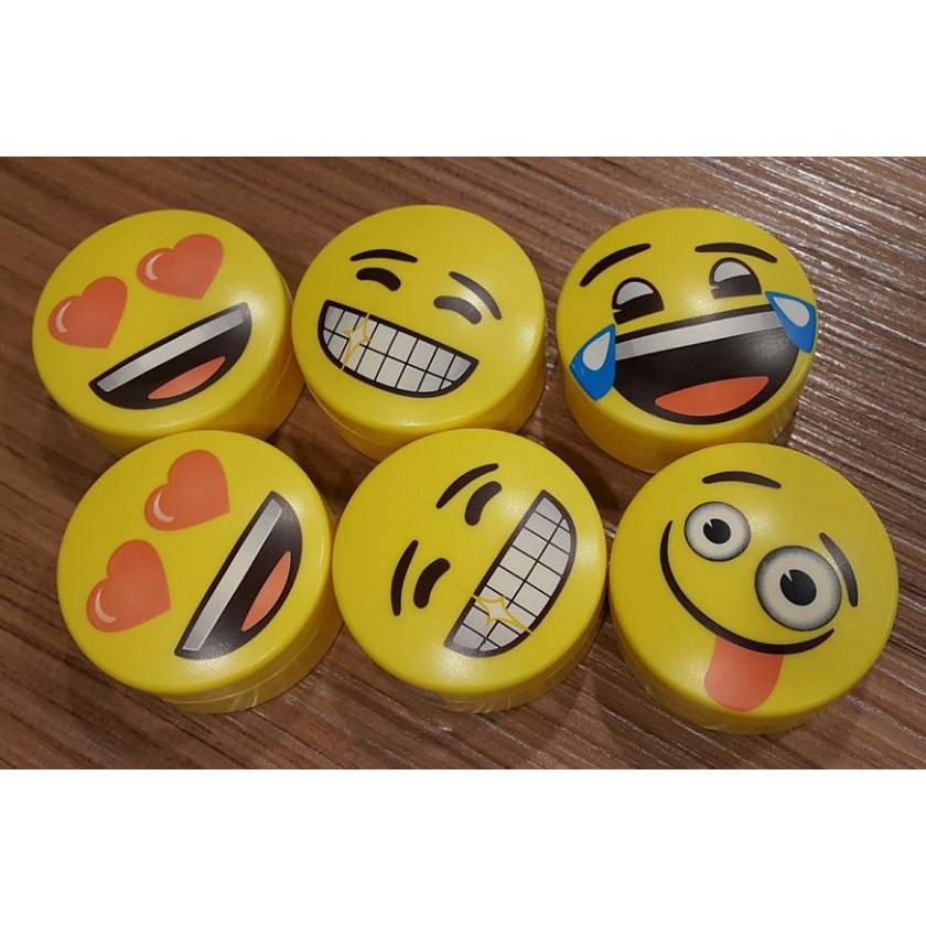 innisfree 控油蜜粉emoji 笑臉蜜粉 聯名款