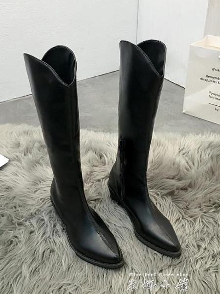 不膝上靴女2021年瘦瘦新款長筒網紅馬丁白色尖頭高筒秋冬騎士靴