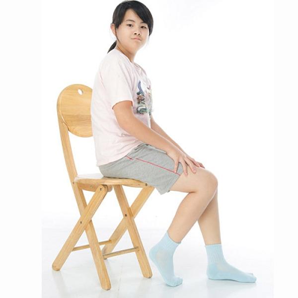 【南紡購物中心】【KEROPPA】7~12歲學童專用毛巾底氣墊短襪x4雙(男女適用)C93002淺藍