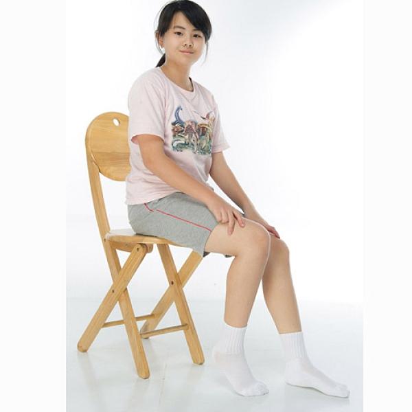 【南紡購物中心】【KEROPPA】7~12歲學童專用毛巾底氣墊短襪x4雙(男女適用)C93002白色