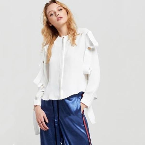 【南紡購物中心】《D Fina 時尚女裝》金屬釦緞帶風 俐落感OL襯衫