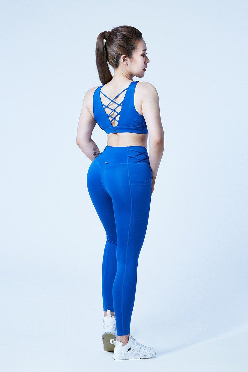 【XOFFIT】勝利女王V綁帶瑜珈健身運動褲-寶石藍