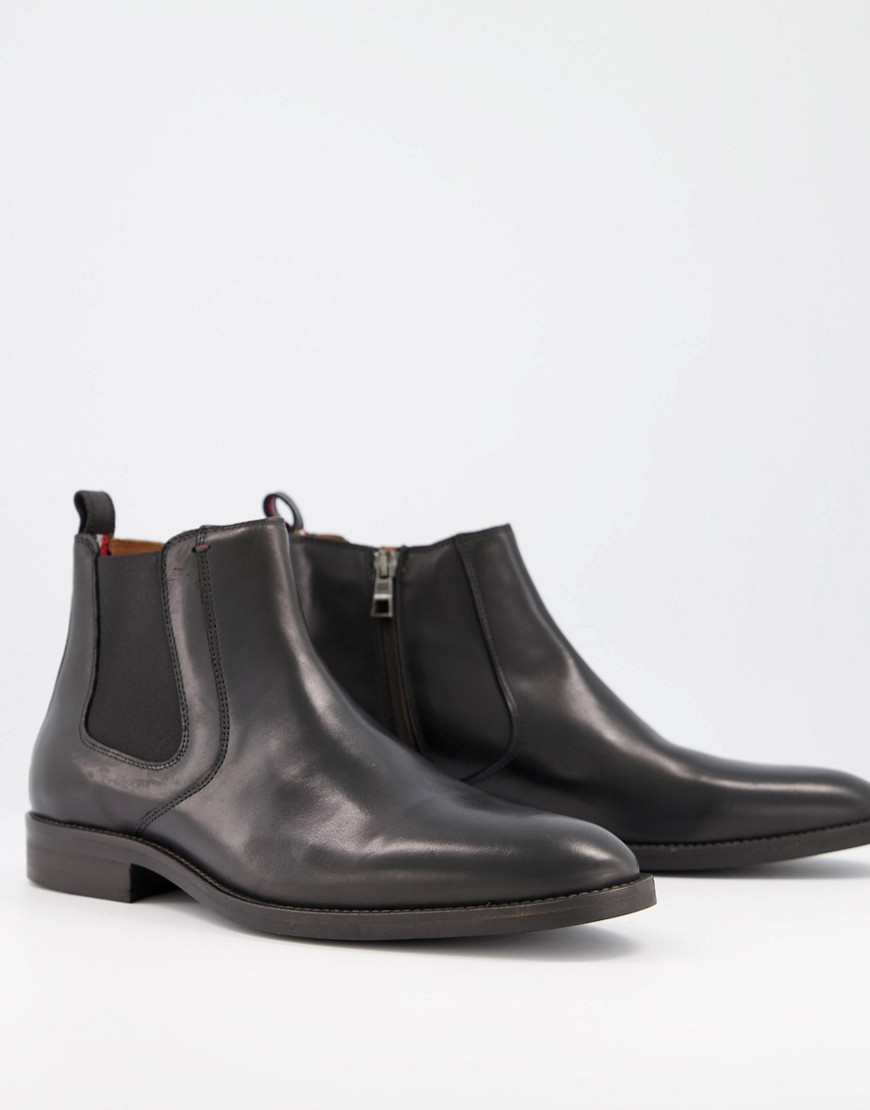 Tommy Hilfiger leather chelsea boot in black with small back logo