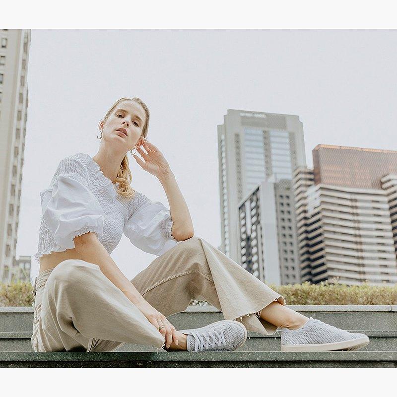 (女款)城市旅人休閒鞋/淺灰