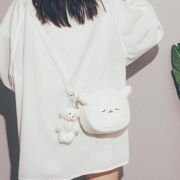 斜背包 女新款潮今年流行羊羔毛玩偶包韓版學生斜挎包 【免運快出】