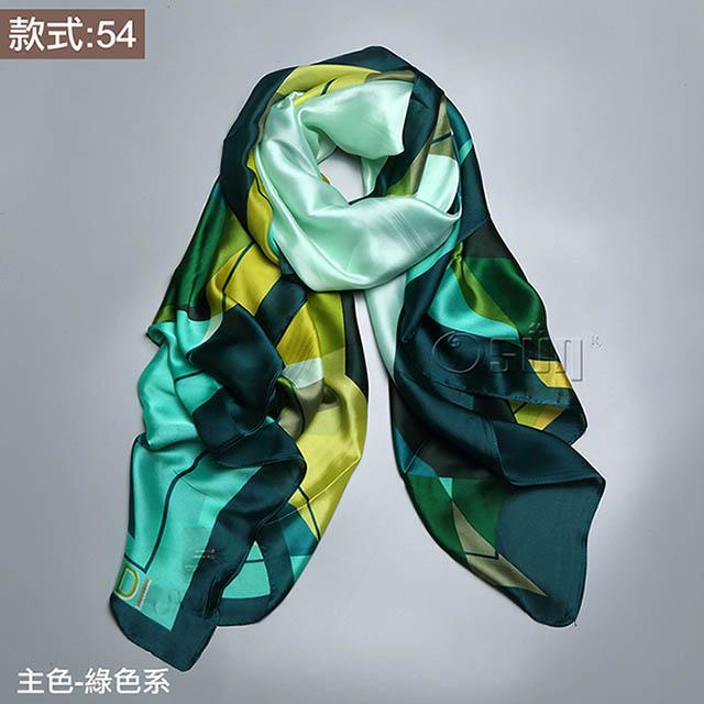 【Osun】秋冬高檔送禮仿蠶絲綢緞質感絲巾歐美款印花沙灘披肩圍巾 (款式:54,CE352B)