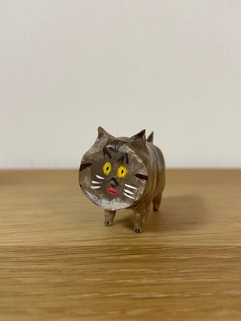 平貓(棕虎斑)