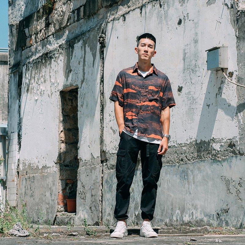 短袖襯衫-男裝/雜花/縱谷暗紅褐