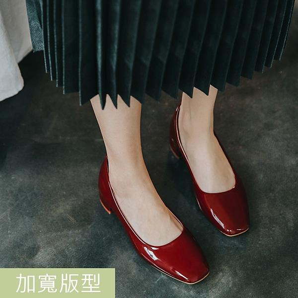 大尺碼女鞋41-45 凱莉密碼 韓版時尚漆皮舒適粗跟方頭低跟鞋3.5cm【CF2361】