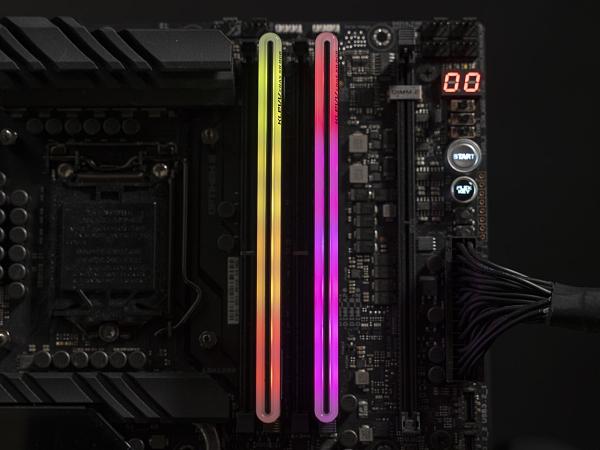 KLEVV 科賦CRAS XR-DDR4 3600 32GB RGB電競超頻記憶體(16G*2)