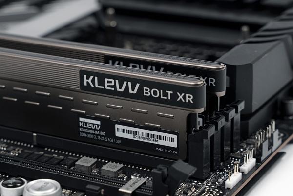 KLEVV 科賦BOLT XR-DDR4 4000 16GB 電競超頻記憶體(8G*2)