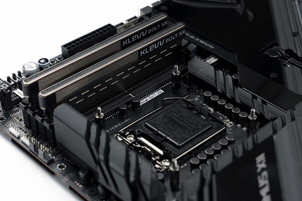 KLEVV 科賦BOLT XR-DDR4 3600 16GB 電競超頻記憶體(8G*2)