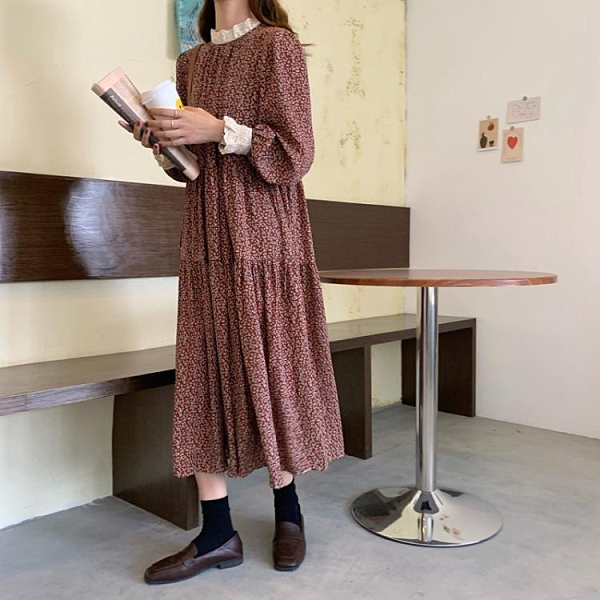 雪紡洋裝 秋裝2021年新款女復古蕾絲拼接碎花長袖連身裙雪紡打底中長裙子潮 嬡孕哺 新品