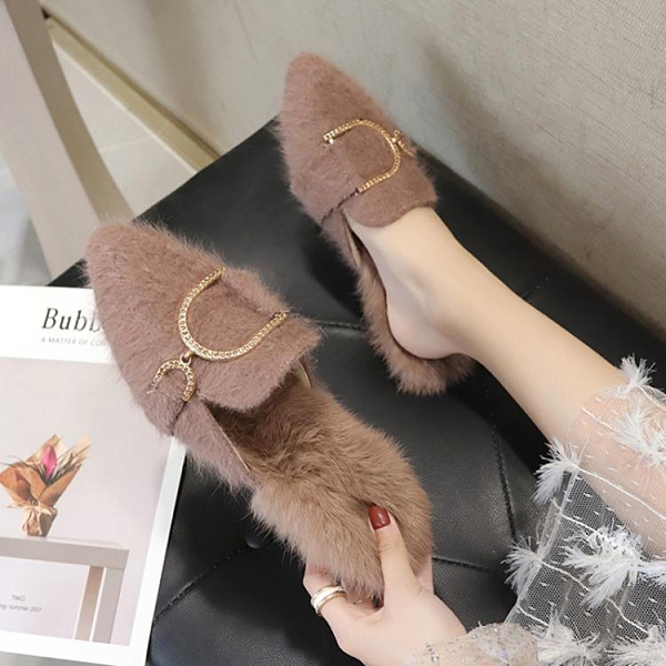 穆勒鞋 尖頭毛毛拖鞋女外穿時尚ins潮穆勒鞋2021秋冬季新款加絨包頭半拖 艾維朵