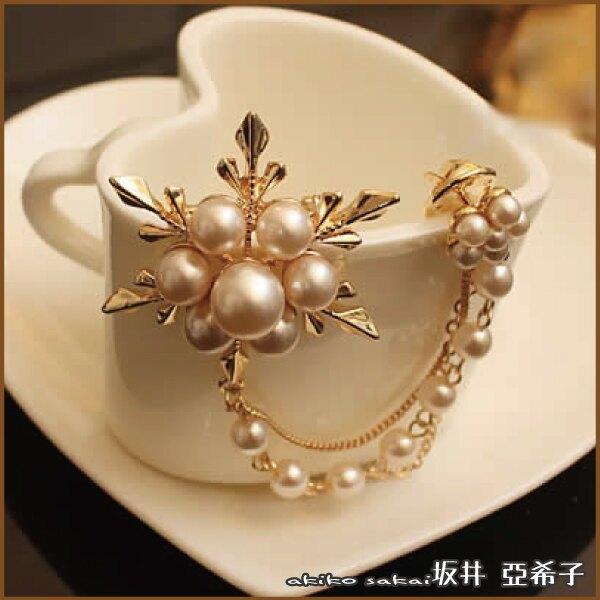 『坂井.亞希子』閃耀冰花鑲鑽珍珠流蘇胸針 -單一款式