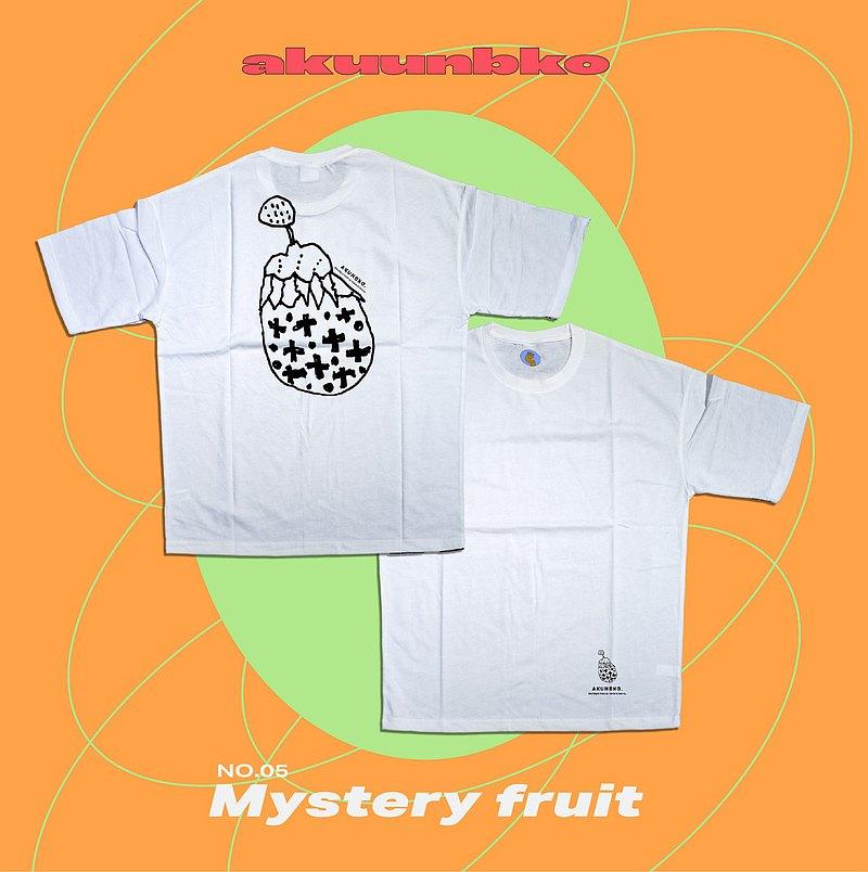 落肩五分袖T恤ーMystery Fruitー純白ーA君B子設計