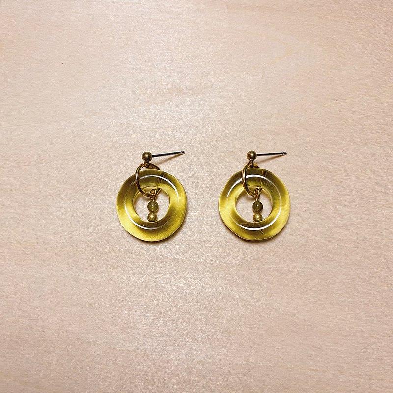 復古橄欖綠不規則圓綠閃光石耳環