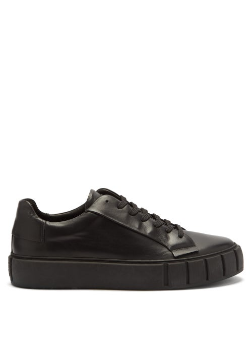 Primury - Dyo Leather And Recycled-rubber Trainers - Mens - Black