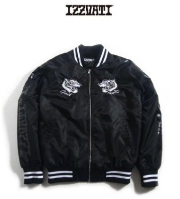 IZZVATI (20)橫須賀刺繡鋪棉外套-黑白色-I52012-80