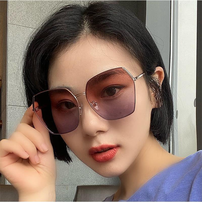 年度最新網紅款潮流行百搭抗UV時尚太陽眼鏡 72563