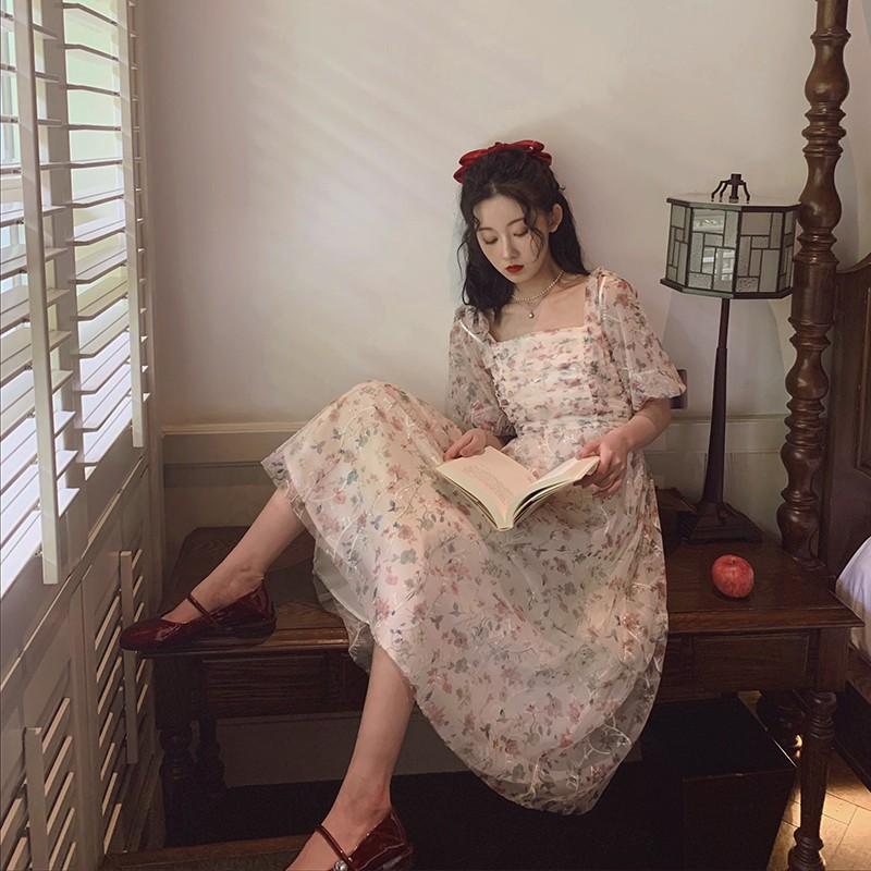 ✂♁梅子熟了 法式溫柔刺繡高腰吊帶裙花色方領短袖吊帶連衣裙女 2020。現貨供應百搭韓妞必備快速出貨透氣休閒
