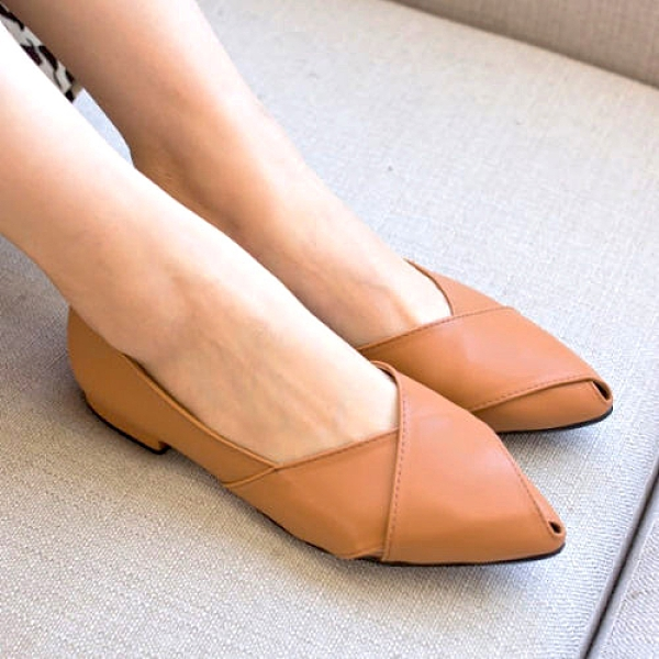 包鞋.MIT韓國雜誌款簡約側簍空魚口平底鞋.白鳥麗子