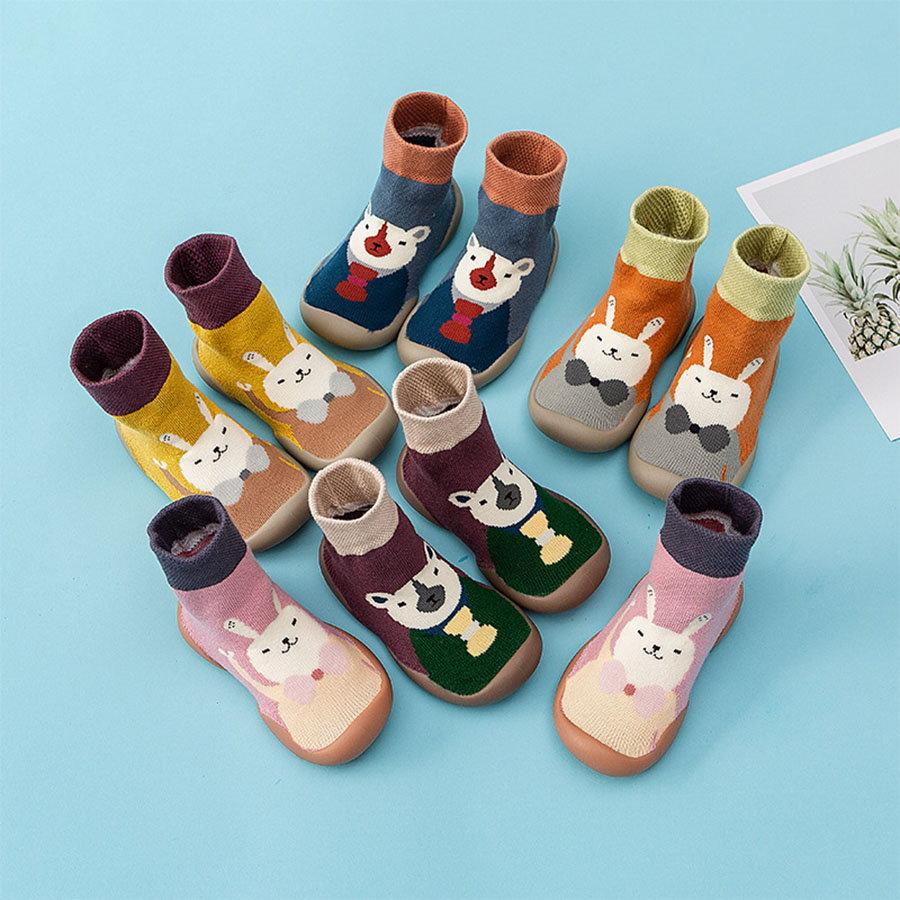 童鞋.動物卡通加厚護趾防滑底兒童襪鞋