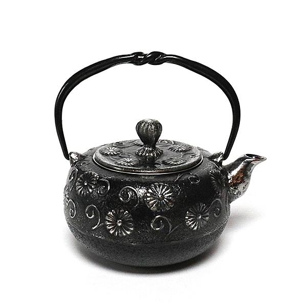 日本砂鐵壺南部鐵器【金野和司】柚子唐菊 砂鐵急須 0.5L 泡茶 茶壺 茶具