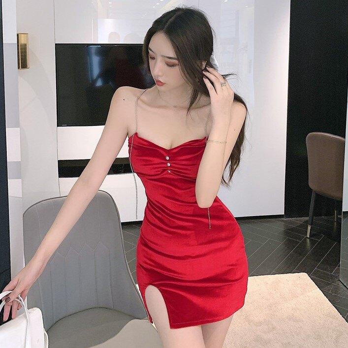 年秋季新款法式性感開叉絲絨吊帶連衣裙修身收腰包臀裙子女裝