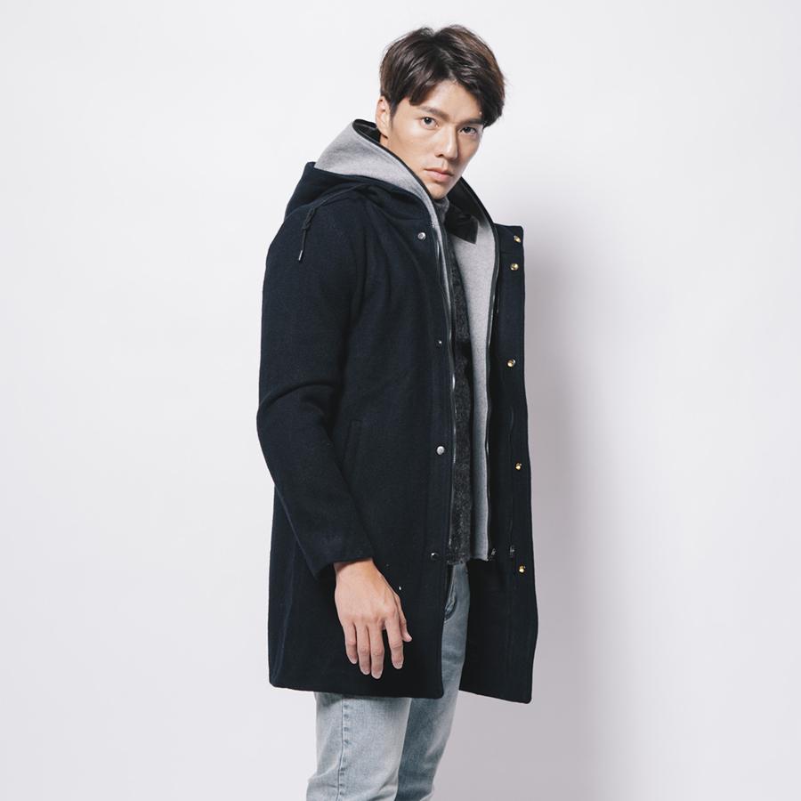 男人的精品.假兩件式.厚磅羊毛大衣.禦寒極品
