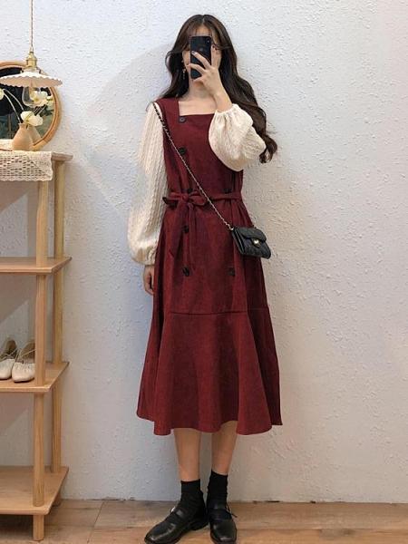 長款洋裝 秋冬裙子女2021新款中長款收腰復古設計感氣質紅色方領長袖連身裙 伊蘿 618狂歡