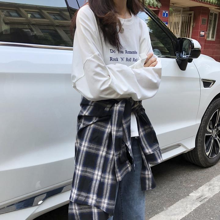 秋季韓版字母印花下擺開叉休閑寬松韓版長袖T恤打底衫女上衣