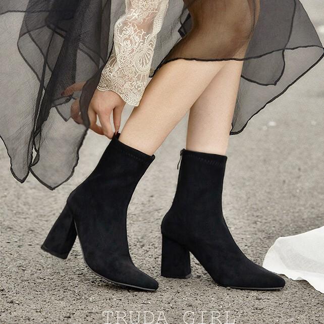 杜達女孩網美同款 英倫秋冬質感麂皮中筒靴 百搭高跟靴 尖頭後拉鍊 粗跟靴 女 靴子 襪靴 短靴
