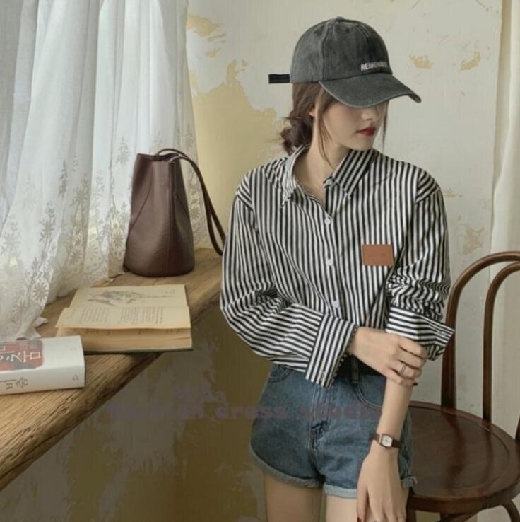 百搭寬松貼標豎條紋襯衫設計感外穿長袖上衣交換禮物