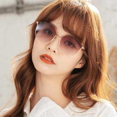 ALEGANT經典波士頓框漸層楓葉紅鏤空線條設計墨鏡│UV400太陽眼鏡│戈壁白楊的金葉