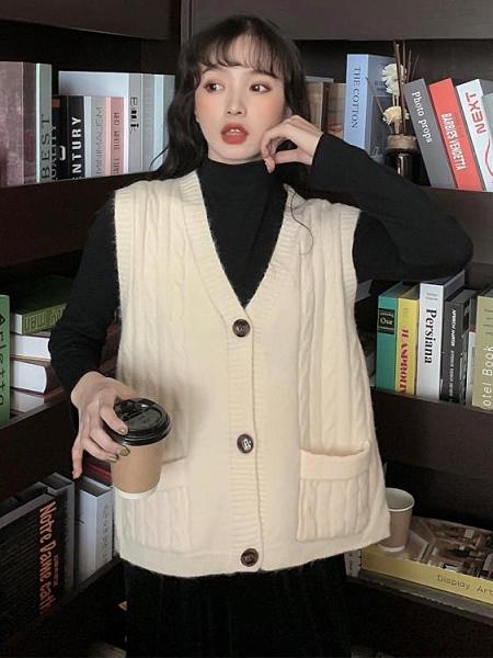 毛衣背心外套 2021春新款針織女背心外搭韓版百搭寬鬆外穿毛衣馬夾外套【快速出貨八折優惠】