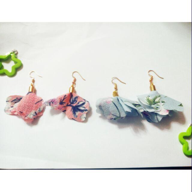 花朵耳環(可改耳夾)