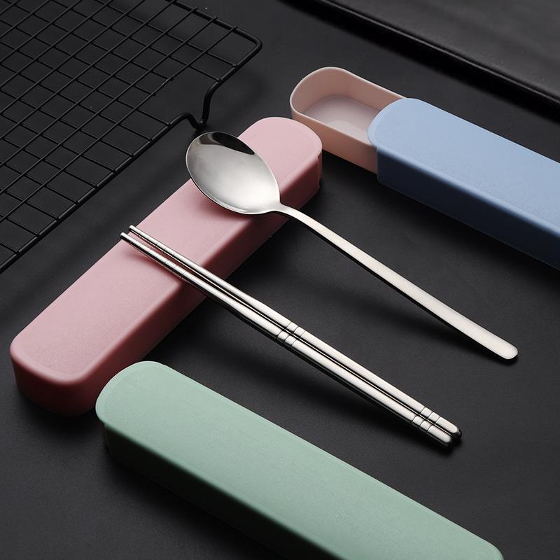 餘小姐-304不鏽鋼便攜餐具學生創意戶外禮品贈品定製logo筷子湯勺兩件套