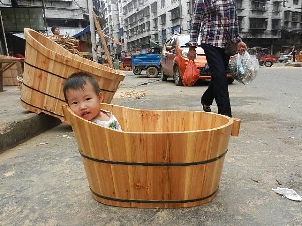 木質浴桶沐浴桶寶木桶兒童泡澡桶小孩洗澡桶木盆【免運】