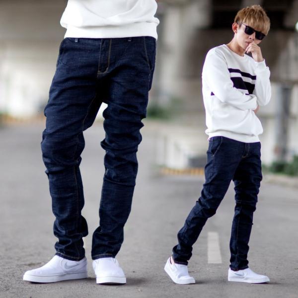 【NB0937J】亮色車線質感藍黑色彈性小直筒牛仔褲 (UC2188)