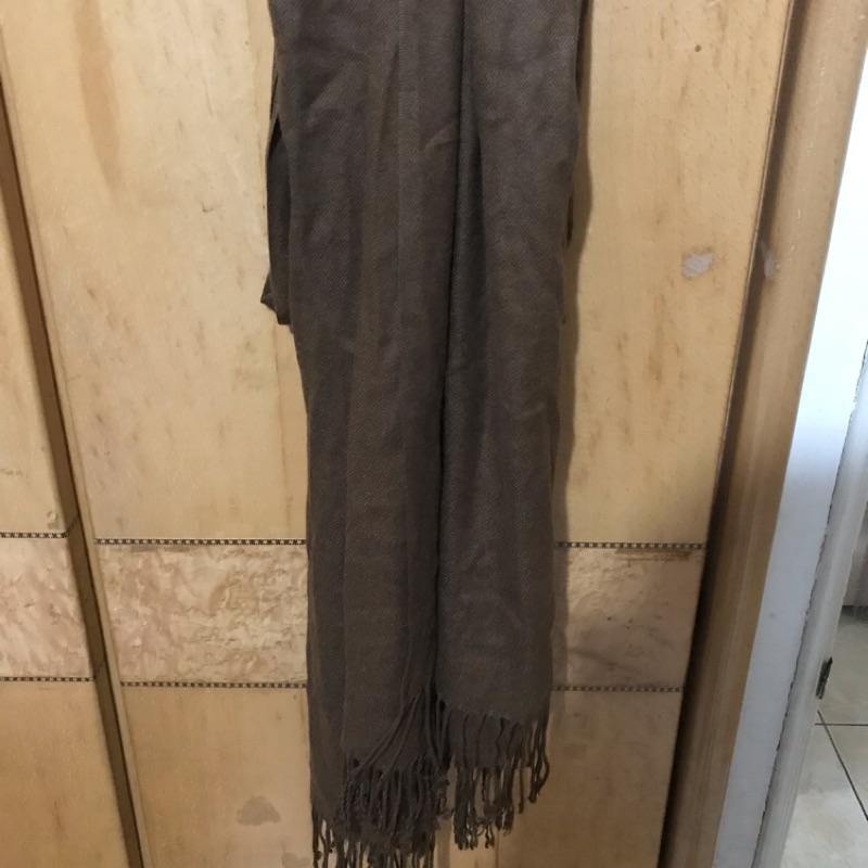 ZARA圍巾(深棕色)僅試戴水洗標未剪