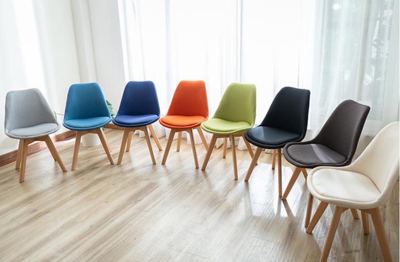 北歐時尚餐椅現代簡約家用靠背椅會議辦公接待洽談布藝伊姆斯椅子