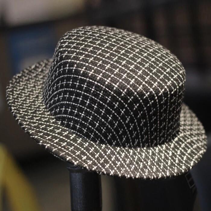 超時髦 黑白大小格子紋 禮帽羊毛尼平頂帽 寬簷平頂禮帽子