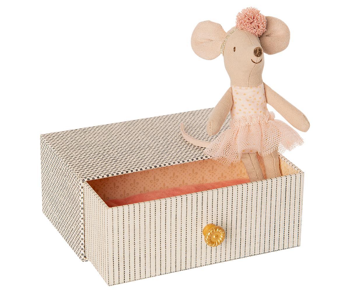《Maileg》禮盒玩偶-小鼠妹妹與沙發床
