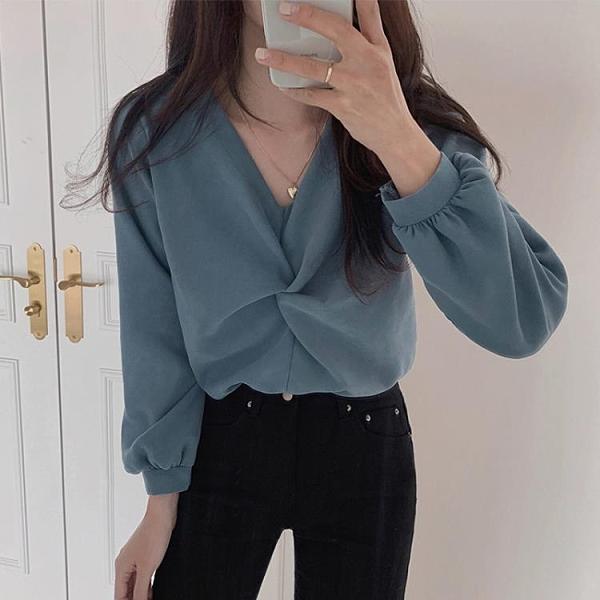 襯衫女長袖秋季韓版法式復古洋氣寬松v領氣質上衣設計感小眾襯衣