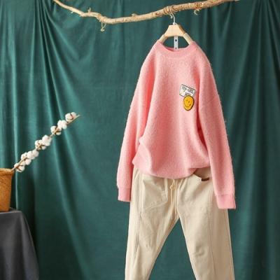 軟糯刺繡貼布圓領毛衣慵懶百搭加厚針織衫四色可選-設計所在