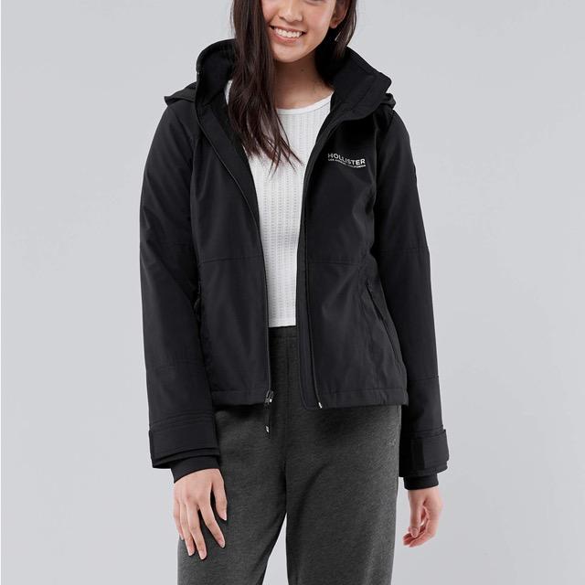 海鷗 Hollister 年度熱銷經典標誌防風防潑水風衣外套(女)-黑色