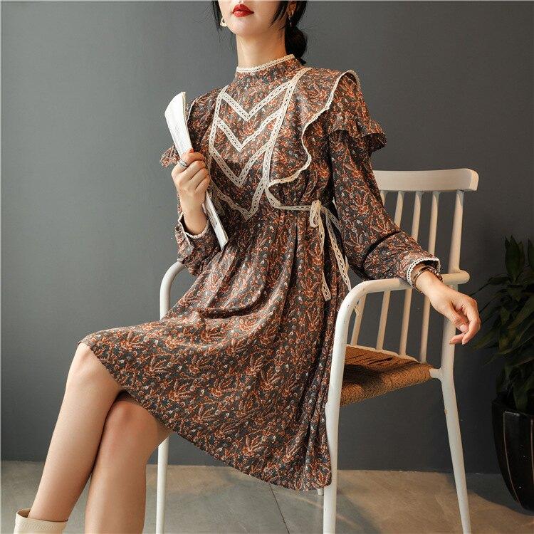 冬季新款法式復古寬松圓領長袖打底連衣裙荷葉邊系帶設計感碎花裙