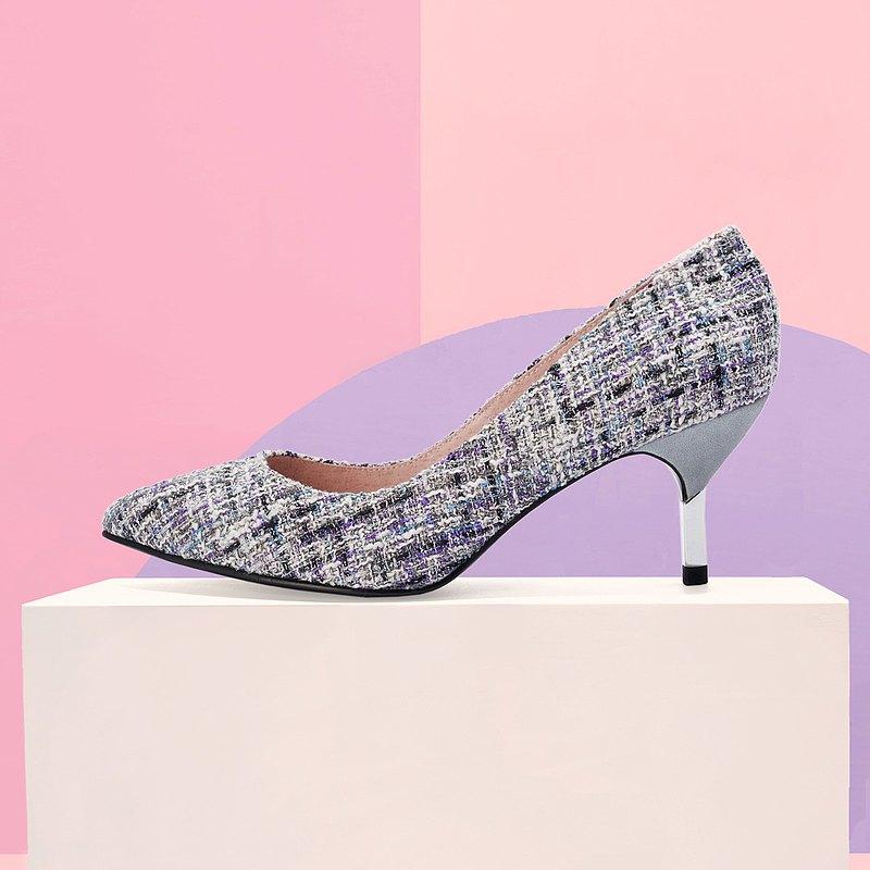 | HOA | 小尖頭織格布高跟鞋 | 灰色 | 5361 |